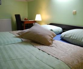 Rooms Hiša Divino